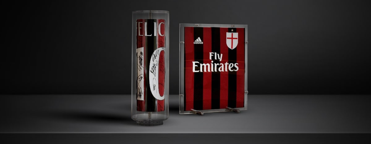 For this product you will have the opportunity to purchase a display case